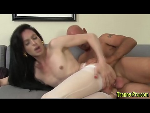Leggy shemale gets fucked