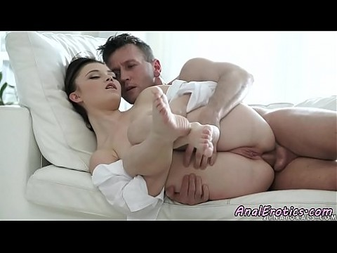 Busty girlfriend assfucked during spooning